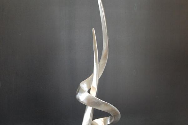 Remo Leghissa, Skulpture für den Wohnbereich - Burning Dream IV