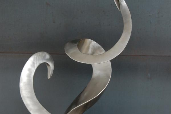 Remo Leghissa, Skulpture für den Wohnbereich - Herzenswandel