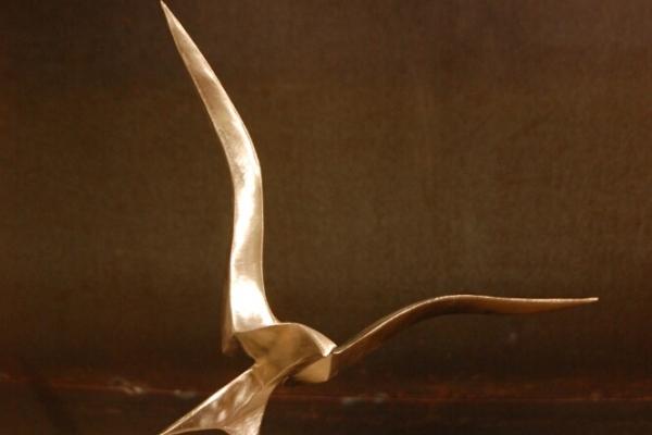Remo Leghissa, Skulpture für den Wohnbereich - Landung mini edition