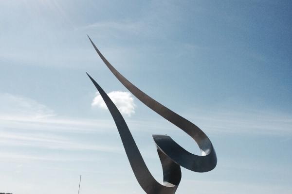 Remo Leghissa, Skulpturen aus Edelstahl und Messing - Offenes Herz