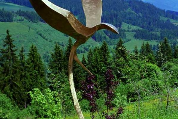 Remo Leghissa, Skulpturen aus Edelstahl und Messing - Schwalbe