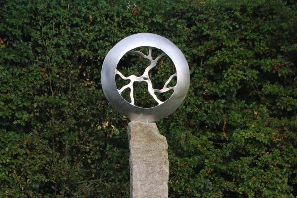 Remo Leghissa, Skulpturenpark - Werkstattwiese, Weißdorn