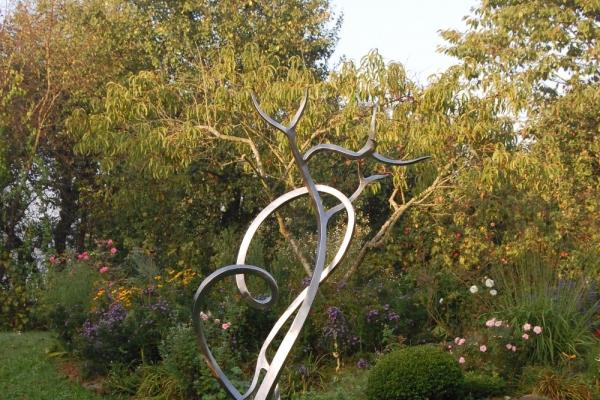 Remo Leghissa, Skulpturenpark - Blumenhügel
